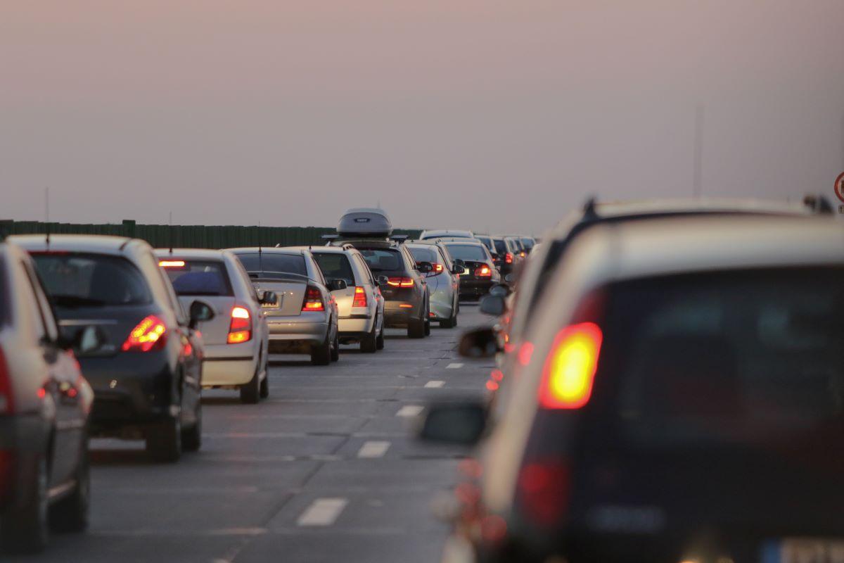 Ce se întâmplă, în această vară, cu lucrările de pe Autostrada Soarelui. Mesajul transmis de ministrul Transporturilor