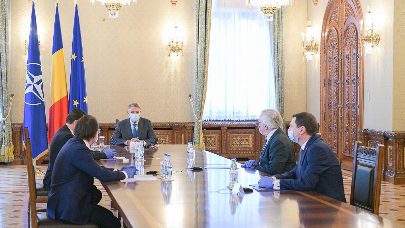 Ședință importantă privind gestionarea crizei economice în plină pandemie. Ce le transmite președintele Iohannis românilor