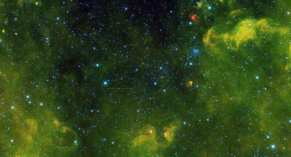 Astronomii au descoperit o nouă sursă de carbon în univers