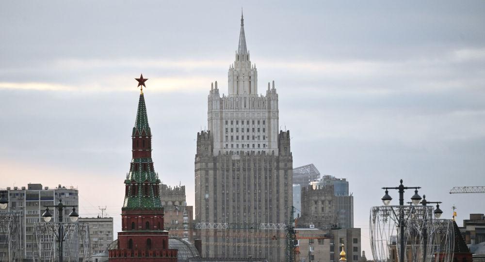 Moscova, lecție de demnitate și suveranitate dată Bruxelles!