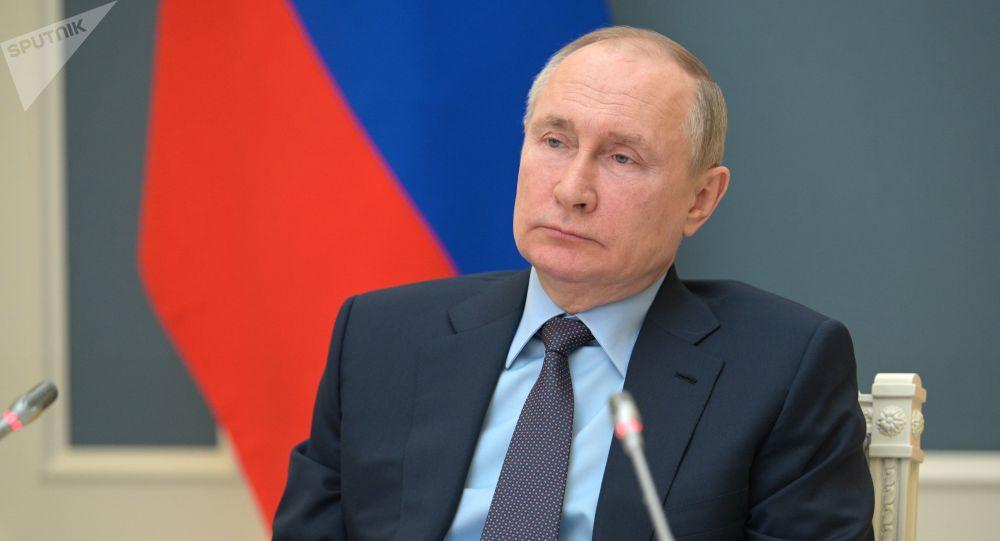 Ce rezultate a înregistrat Putin după vaccinare