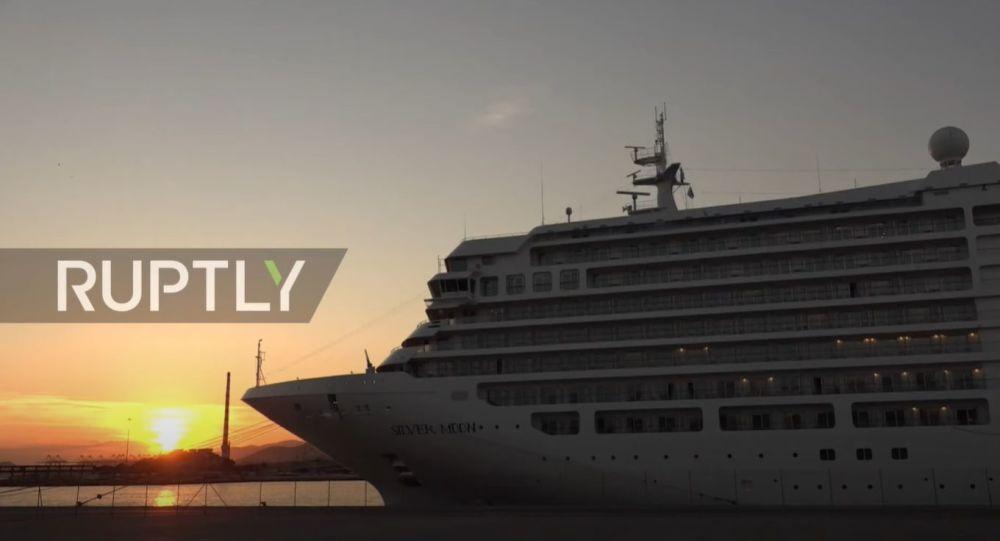 Grecia: un vas de croazieră oferă servicii doar celor vaccinați